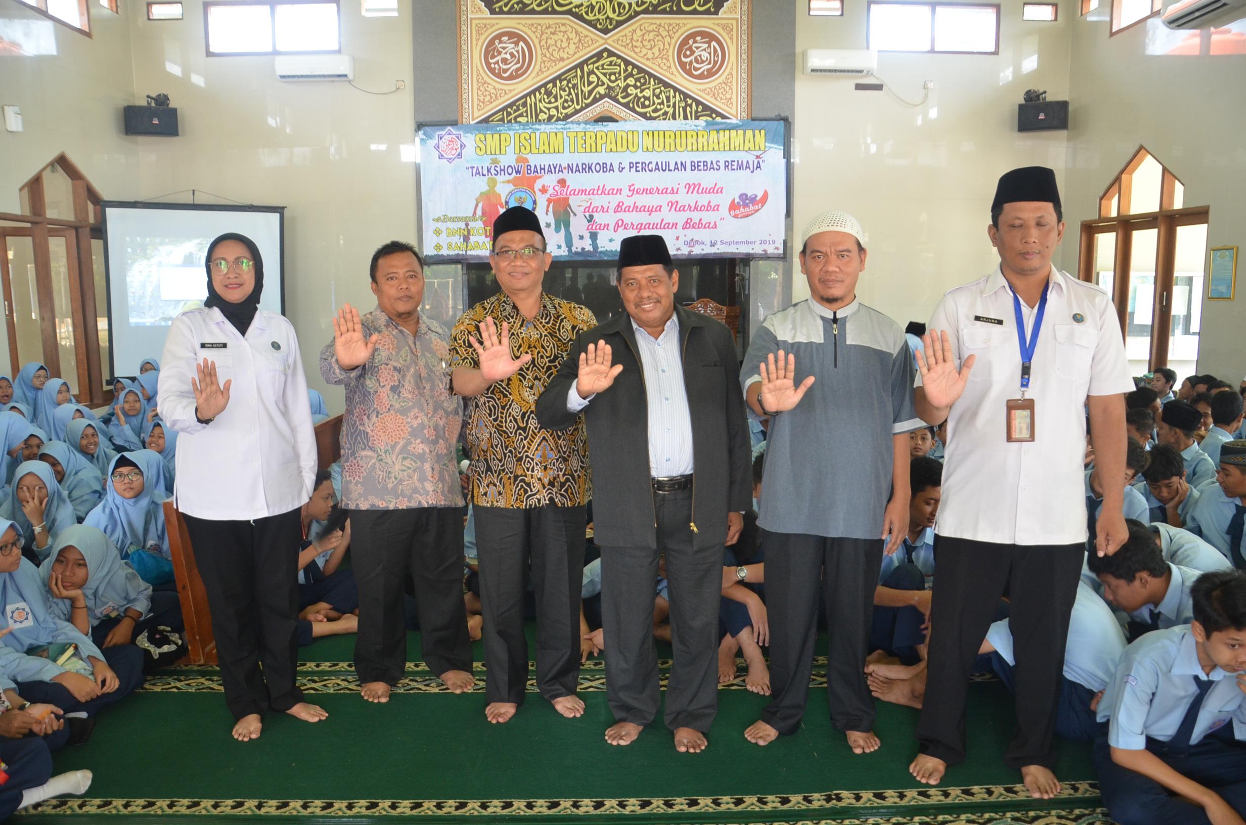 SMPIT Nururrahman Adakan TalkShow Bahaya Narkoba dan Pergaulan Bebas