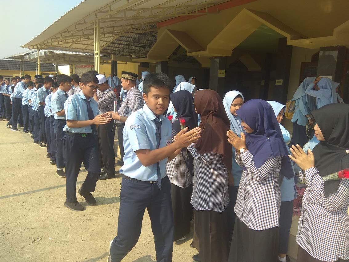 Peringatan Hari Guru 2019 di SMPIT Nururrahman